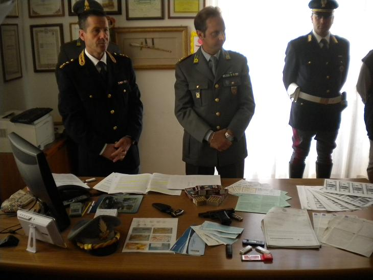 Gli uomini della Guardia di Finanza del Comando di Ascoli