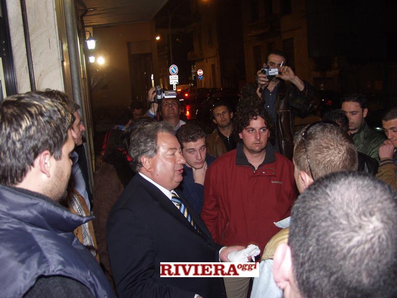 Aprile 2002, ristorante Il Gambero: Gaucci coi tifosi