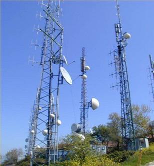 Rischio inquinamento elettromagnetico per le antenne posizionate nei centri abitati