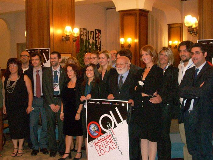 Qoll, foto di rito con tutti i partecipanti