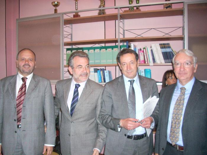 Comitato provinciale per l'ordine e la sicurezza: da sinistra il sindaco Gaspari, il Prefetto Minunni, il vicepresidente della Provincia Piunti, il Questore Fiore