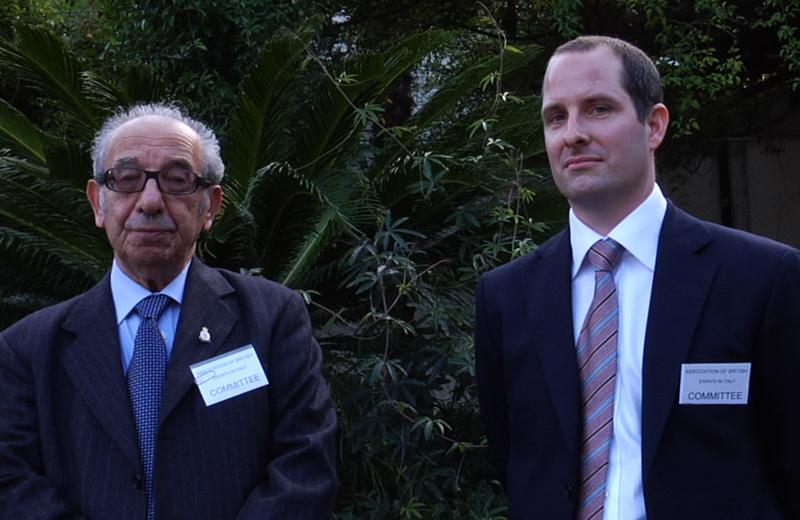 Harry Shindler e Gareth Horsfall nel primo incontro organizzato dalla Associazione British expats in Italy (cittadini britannici residenti in Marche e Abruzzo)