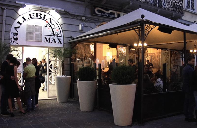 La Galleria Max durante l'inaugurazione