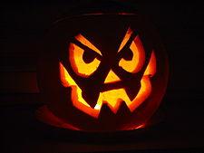 La zucca illuminata di Halloween