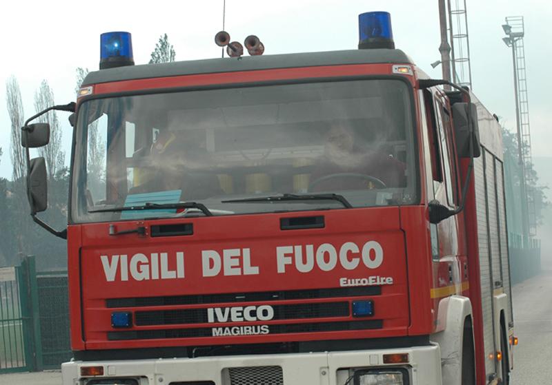 Un camion dei Vigili del Fuoco (foto Troiani)