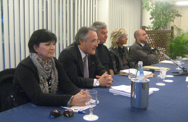 Da sinistra l'avvocato Silvia Vitali, l'onorevole Amedeo Ciccanti, il presidente Itb Italia Giuseppe Ricci, l'assessore alla Cultura di San Benedetto Margherita Sorge, l'avvocato Domenico Ricci