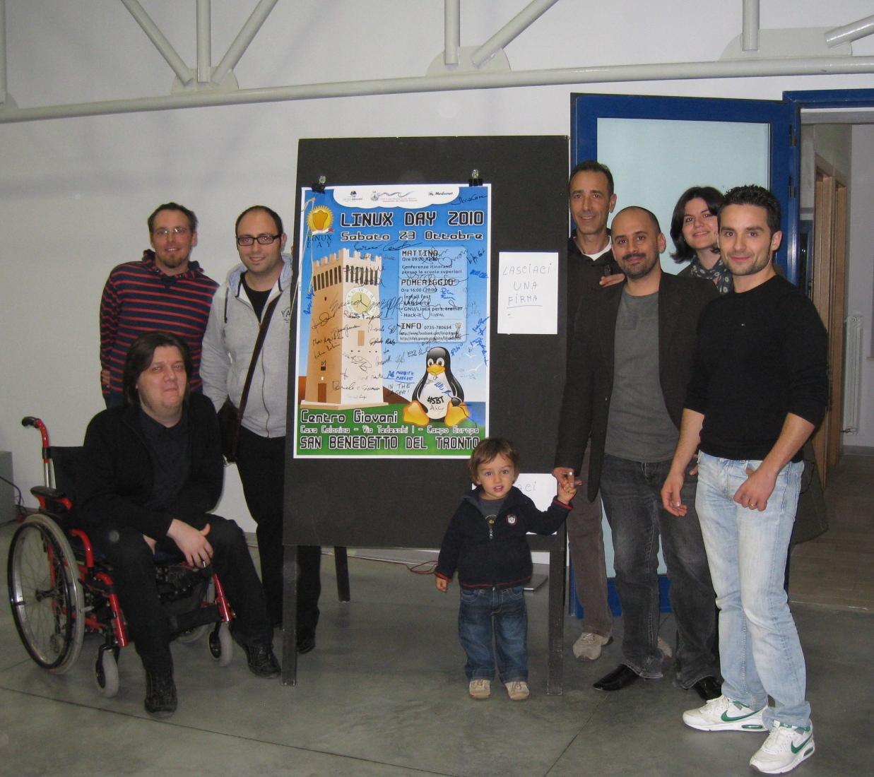 Grandi e piccoli al LinuxDay 2010 di San Benedetto