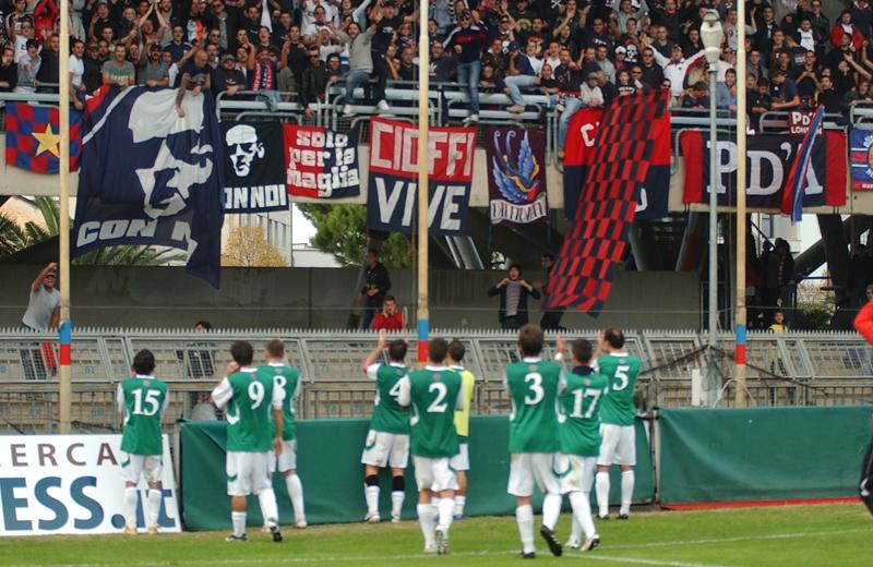 Samb-Real Rimini, applausi a fine gara (foto Troiani)