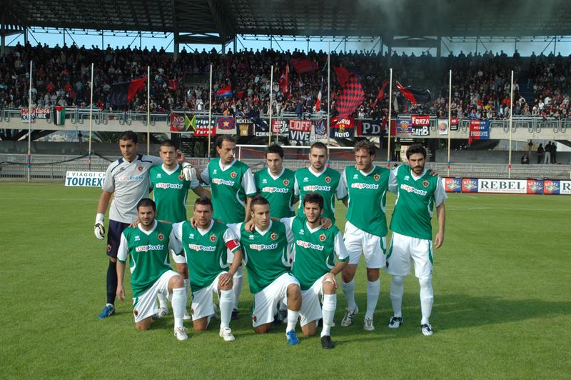 La Samb, in maglia biancoverde, contro il Real Rimini: prima partita nel nuovo