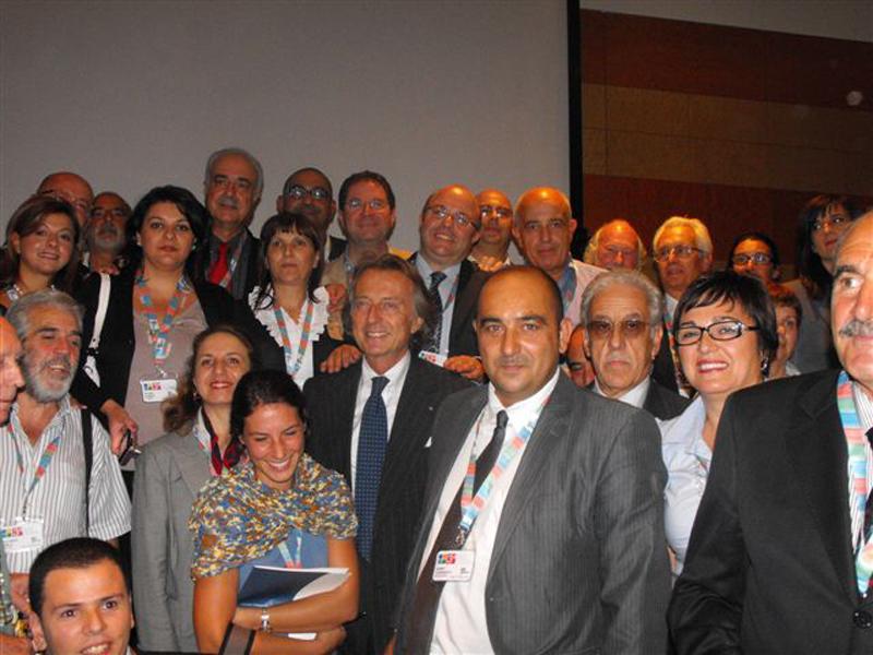 Gianni Corradetti con Montezemolo e i coordinatori provinciali di Telethon