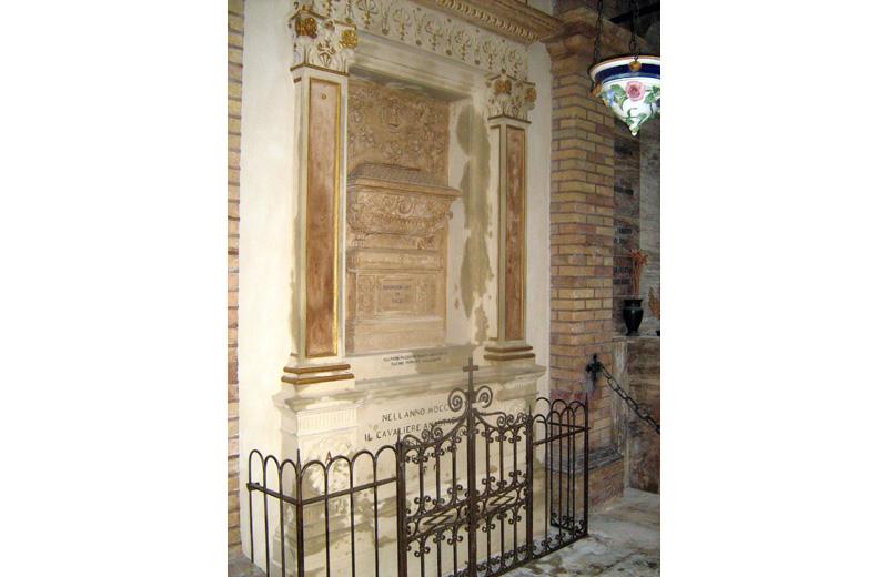 La tomba della famiglia Piacentini dopo i lavori