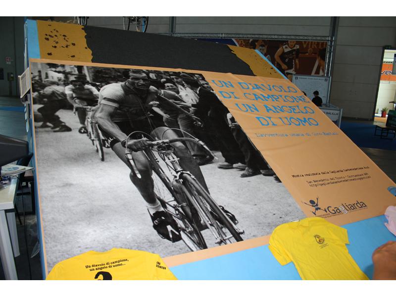 Manifesto della mostra al Meeting di Rimini