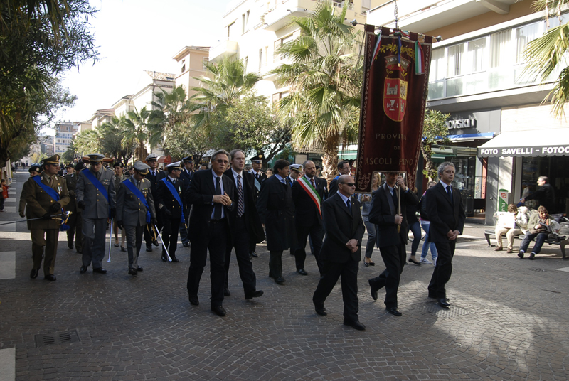 Cerimonia del 4 novembre 2010 (foto Domenico Braccetti)