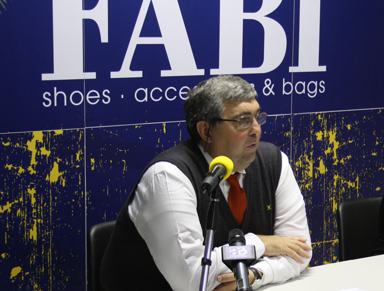 L'allenatore della Fabi Shoes Montegranaro, Stefano Pillastrini