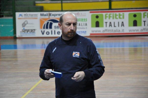 L'allenatore Massimo Ciabattoni tornato alla guida della squadra in B1