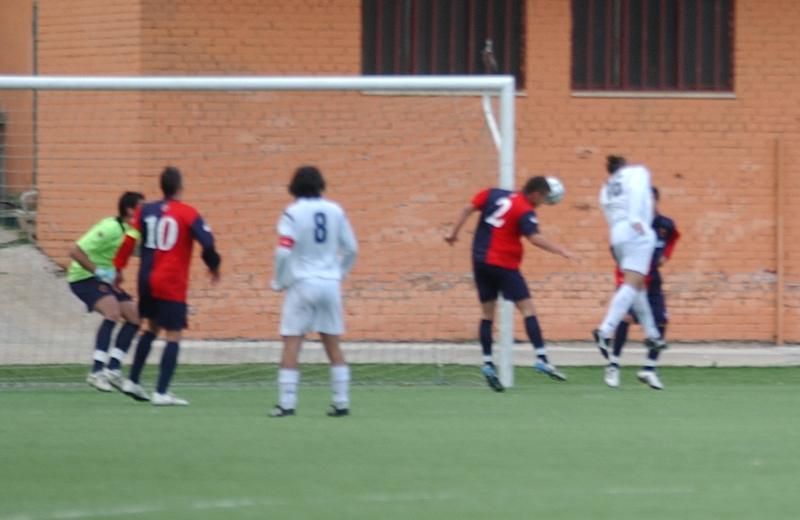 Zero fuori tempo, Lima non esce: ecco il secondo gol dell'Agnonese, a firma di Bernardi (foto Troiani)