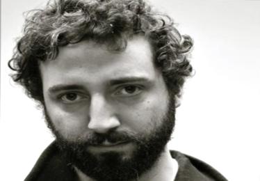 Il cantautore Andrea Cola