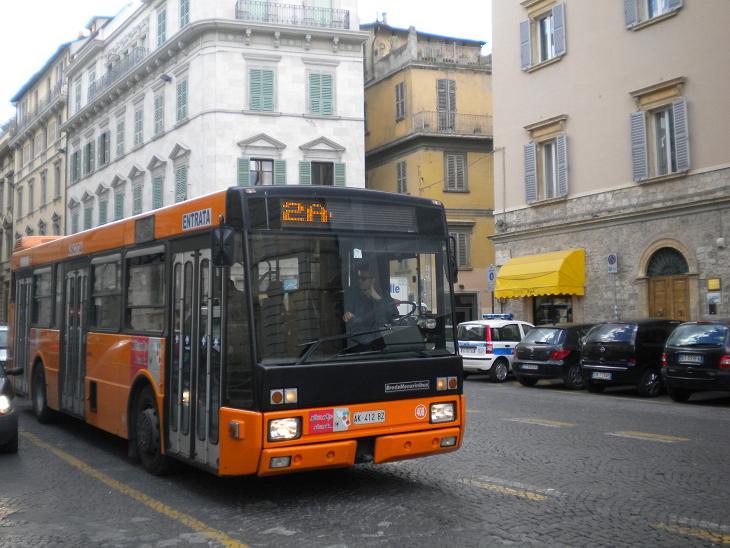 Ascoli Piceno - Bus in corso Trento e Trieste