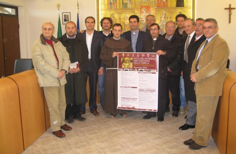 Vari rappresentanti che hanno collaborato alla realizzazione della Festa del Patrono 2010