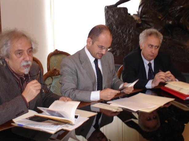 Da sinistra Luigi Morganti con il sindaco Castelli e l'assessore Aliberti