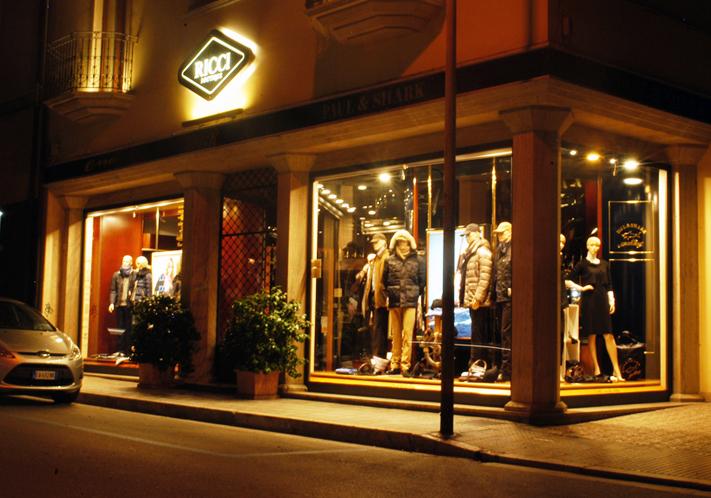 La Boutique Ricci, in via Curzi, a San Benedetto del Tronto