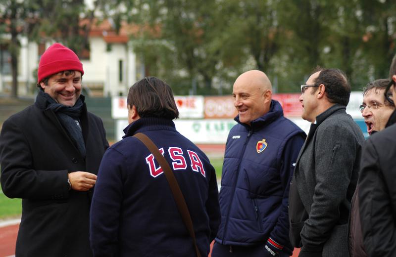 La Samb 2010: il ds Spadoni, il presidente Spina, il tecnico Giudici, il vicepresidente Bartolomei, il tesoriere Pignotti (foto Troiani)