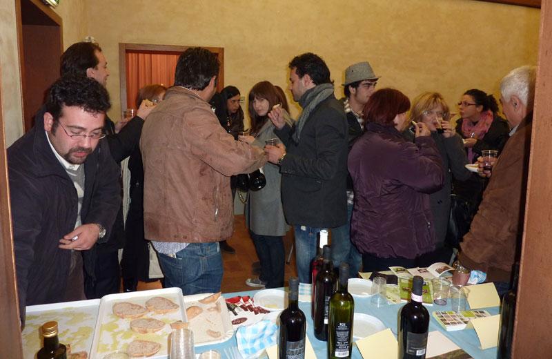 L'incontro al Museo sugli itinerari ciclopedonali in Val Vibrata e la degustazione di prodotti tipici