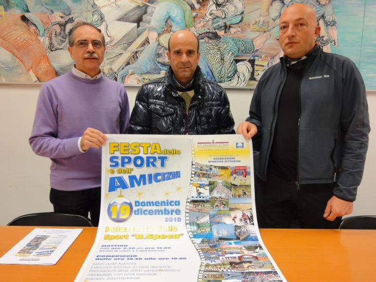Giovanni Procacci, direttore del servizio ufficio sport e politiche giovanili con l'assessore allo Sport Eldo Fanini e Emidio Di Gaspare