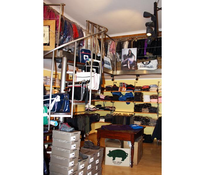Dionisi Sport, un'immagine del negozio di Via Risorgimento