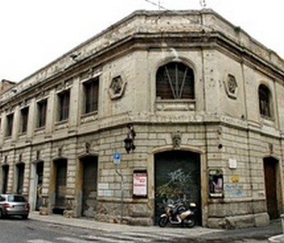 L'ex cinema Olimpia, Ascoli Piceno, vicino alla sede della Provincia (-vi.sualize.us_)