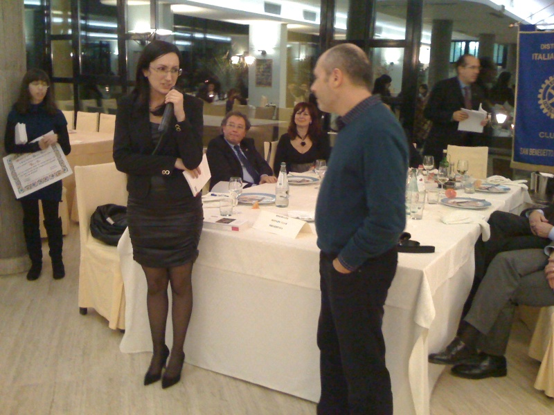 Premio Olivieri 2010. La finalista Valeria Fabioneri con Lucilio Santoni