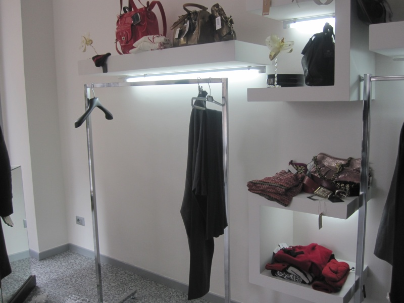 Vogue boutique, l'interno negozio dopo il furto notturno del 15 dicembre 2010