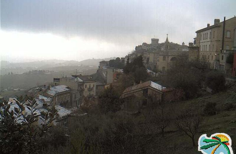 Spruzzata di neve ad Acquaviva, ore 15:30 del 14 dicembre 2010