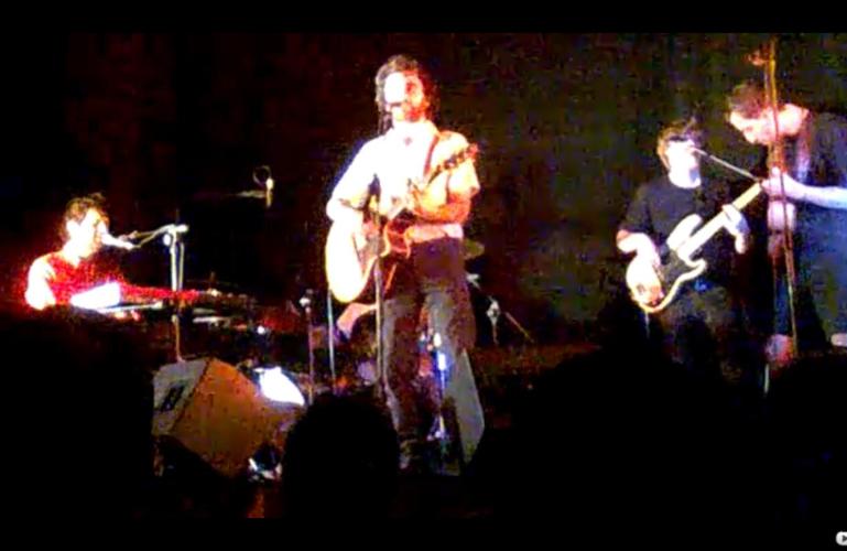Ettore Giuradei in concerto con il suo gruppo al Teatro dell'Arancio, lunedì 27 dicembre