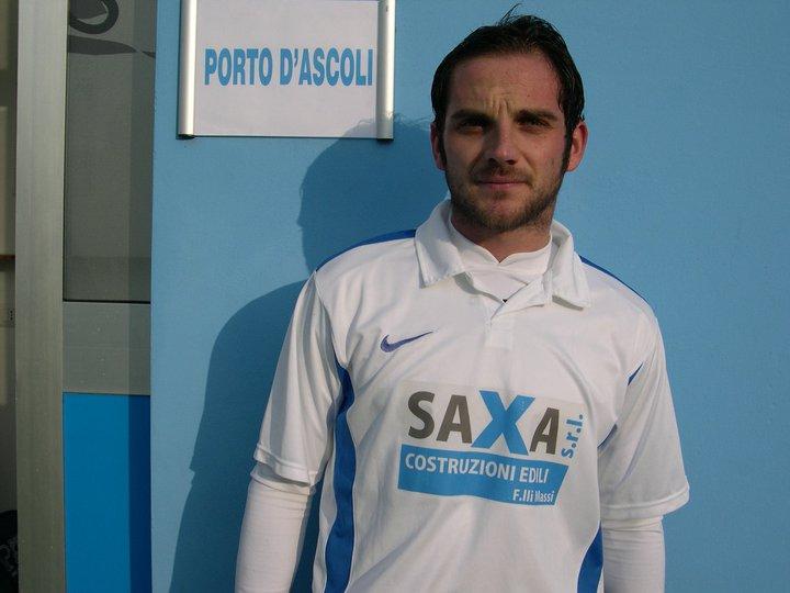 Andrea De Florio chiude il match