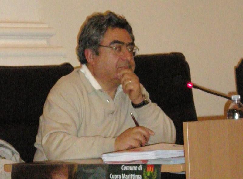 Il ginecologo Carlo Di Biagio