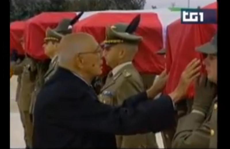 Napolitano omaggia i militari italiani morti in Afghanistan