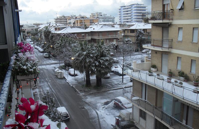 16 dicembre 2010: neve a Porto d'Ascoli