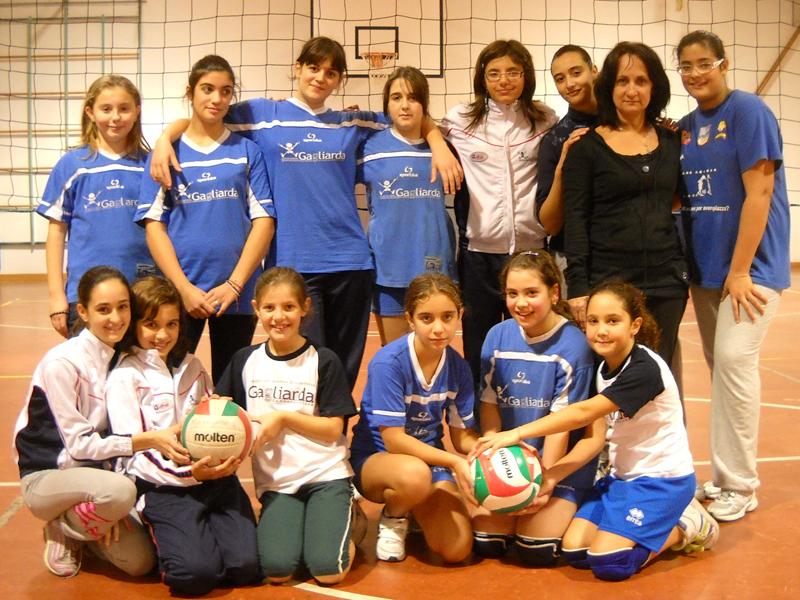 Il gruppo della Gagliarda Volley under 13 e 14