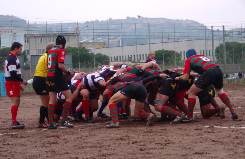 Una partita di rugby al Campo Rodi