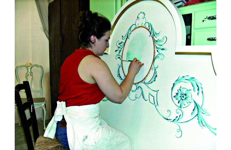 Cecilia Cava al lavoro