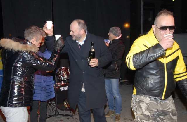 Capodanno in Piazza, il brindisi del sindaco Gaspari