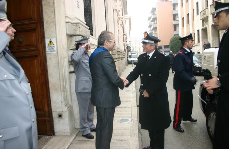 Il Generale accolto dal presidente Catarra