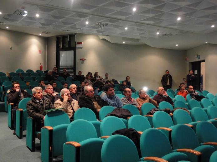 La cittadinanza nel corso dell'assemblea
