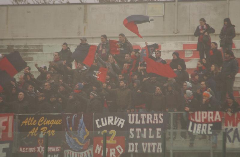 I tifosi della Samb a Forlì (foto Troiani)