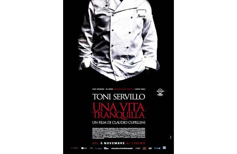 La locandina del film con Toni Servillo
