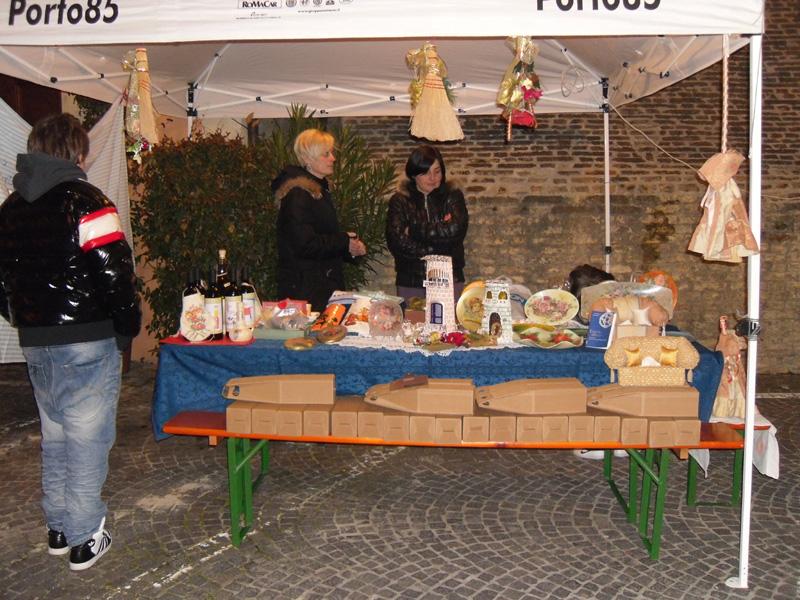 mercatino delle specialità gastronomiche locali