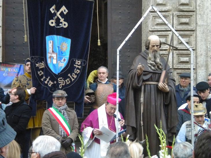 Festa di Sant'Antonio Abate- Il sindaco e il vescovo