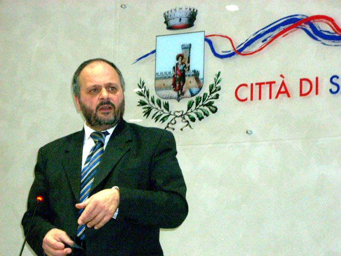 Giovanni Gaspari durante il Consiglio dell'11 febbraio