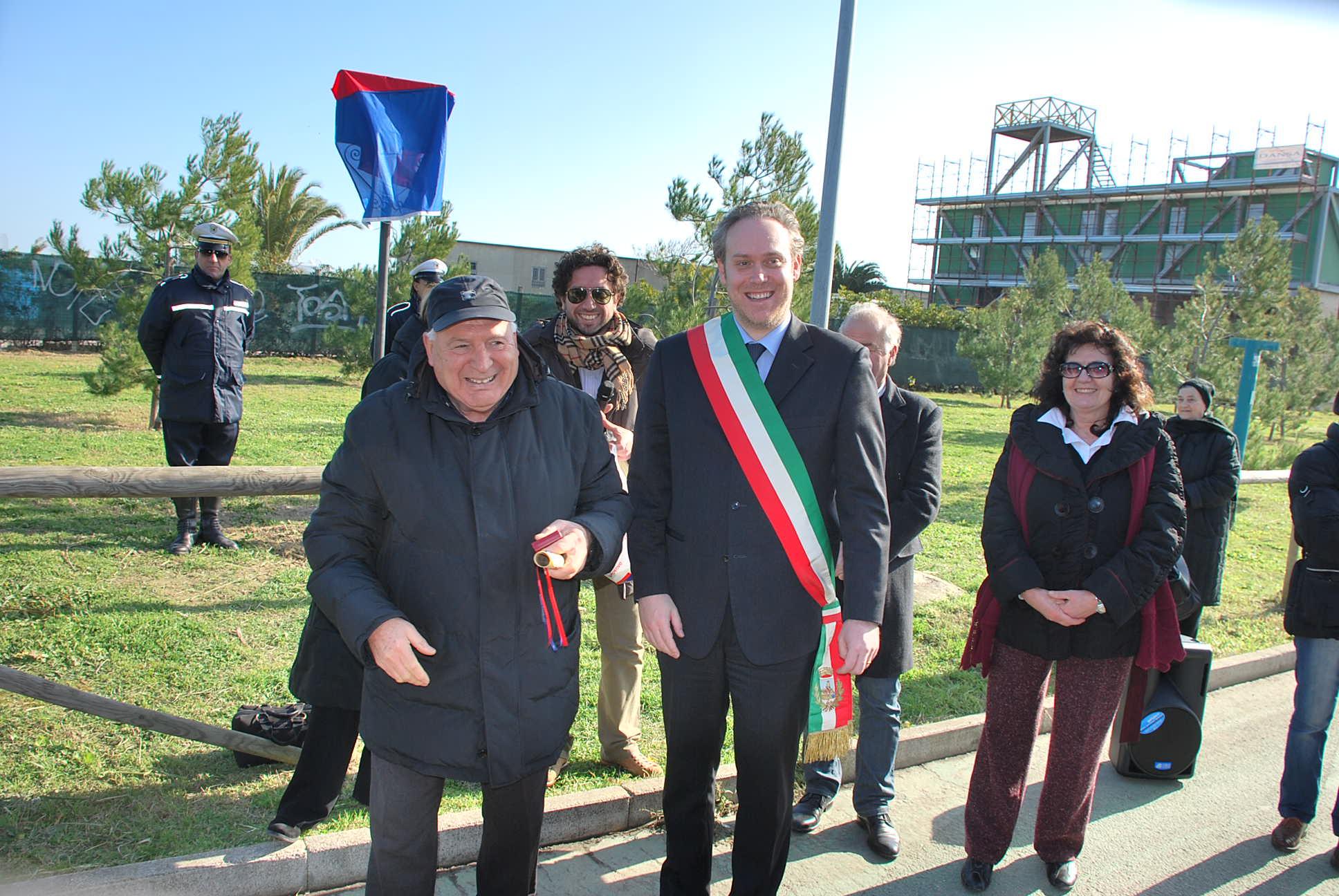 Mario Luciani premiato alla festa funai 3 febbraio 2011